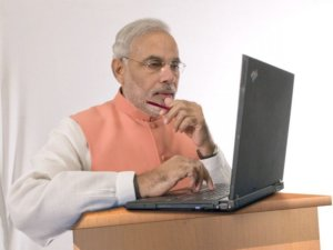 PM modi-free-laptop-Yojana